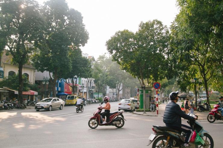 rachel-walker-portrait-photography-travel-asia-vietnam-002