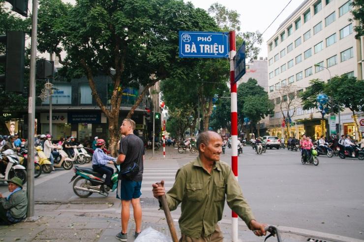 rachel-walker-portrait-photography-travel-asia-vietnam-005