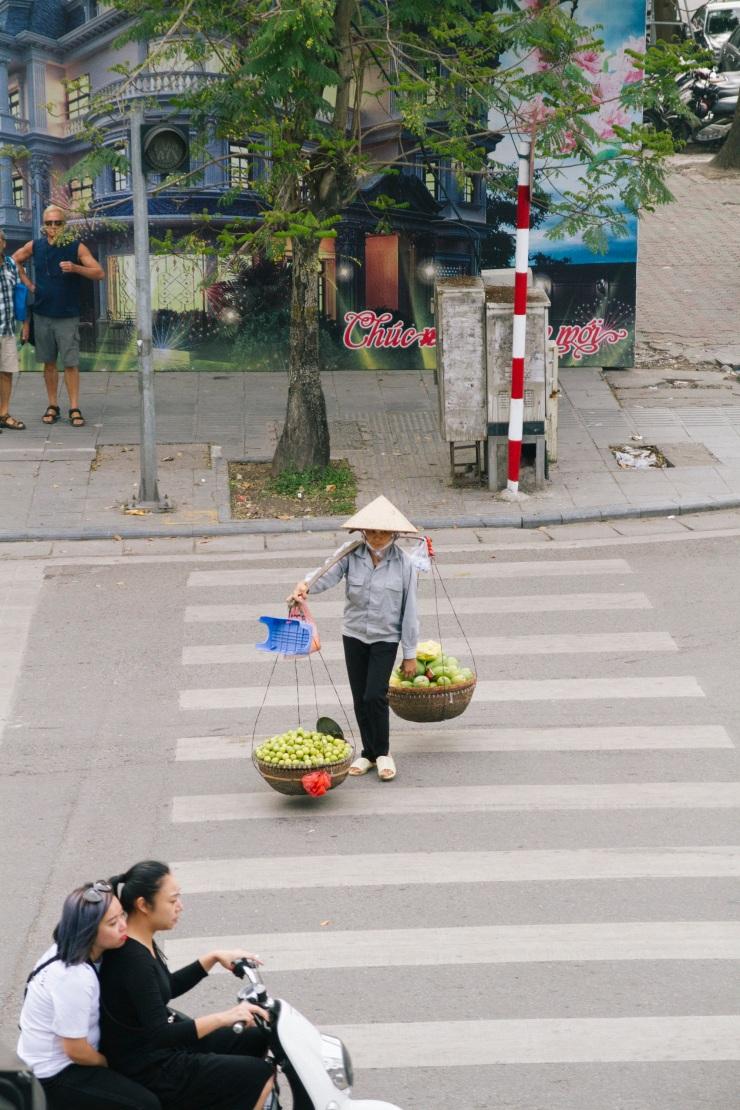 rachel-walker-portrait-photography-travel-asia-vietnam-009