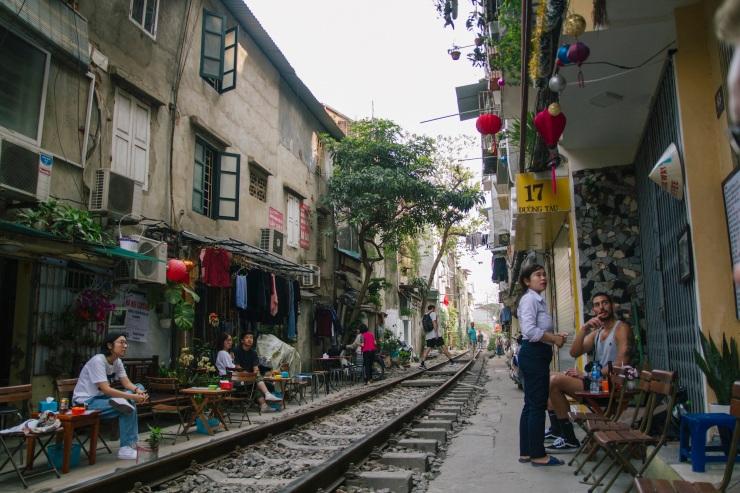 rachel-walker-portrait-photography-travel-asia-vietnam-017