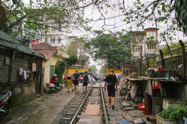 rachel-walker-portrait-photography-travel-asia-vietnam-026