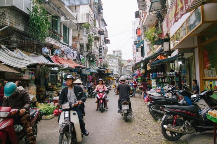 rachel-walker-portrait-photography-travel-asia-vietnam-032