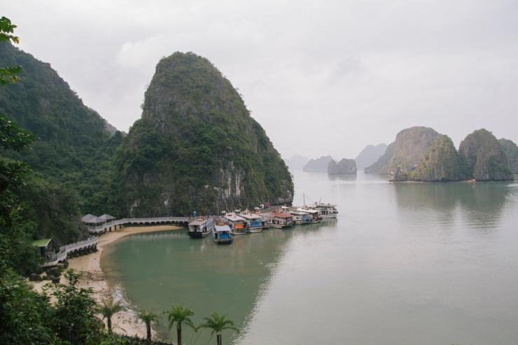 rachel-walker-portrait-photography-travel-asia-vietnam-039