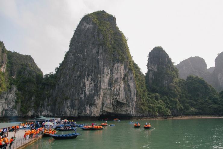 rachel-walker-portrait-photography-travel-asia-vietnam-043