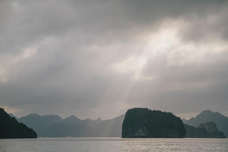 rachel-walker-portrait-photography-travel-asia-vietnam-046