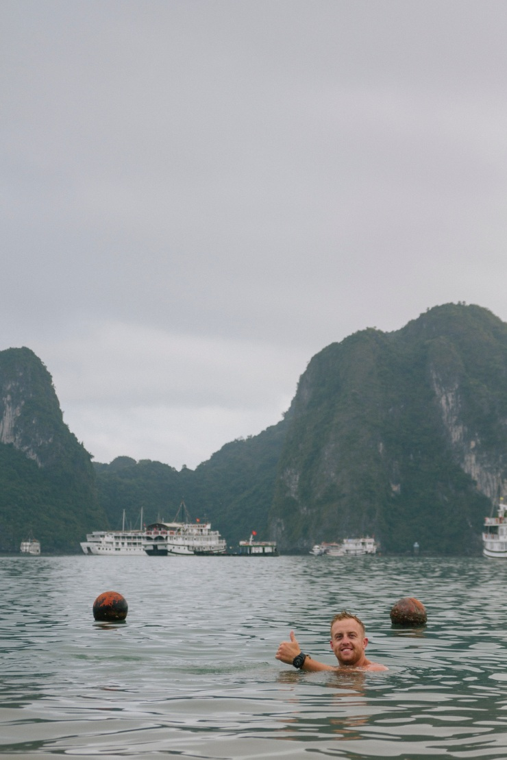 rachel-walker-portrait-photography-travel-asia-vietnam-047