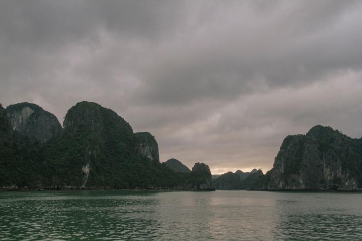 rachel-walker-portrait-photography-travel-asia-vietnam-048