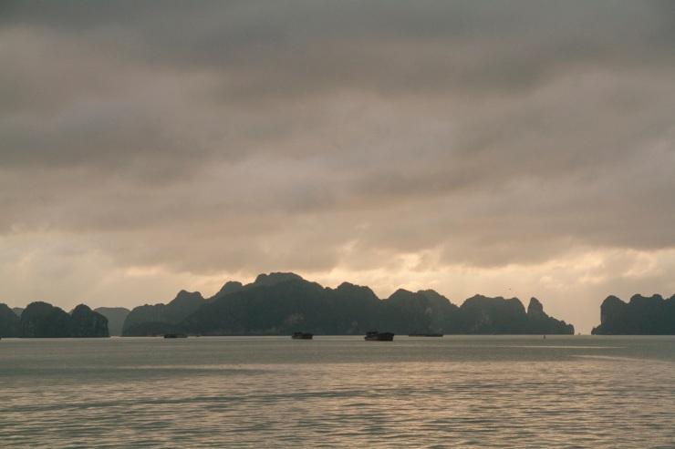 rachel-walker-portrait-photography-travel-asia-vietnam-049