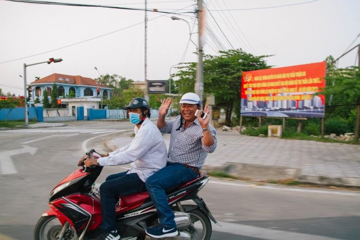rachel-walker-portrait-photography-travel-asia-vietnam-055