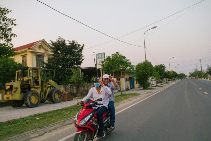 rachel-walker-portrait-photography-travel-asia-vietnam-056
