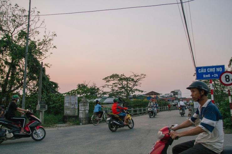 rachel-walker-portrait-photography-travel-asia-vietnam-058