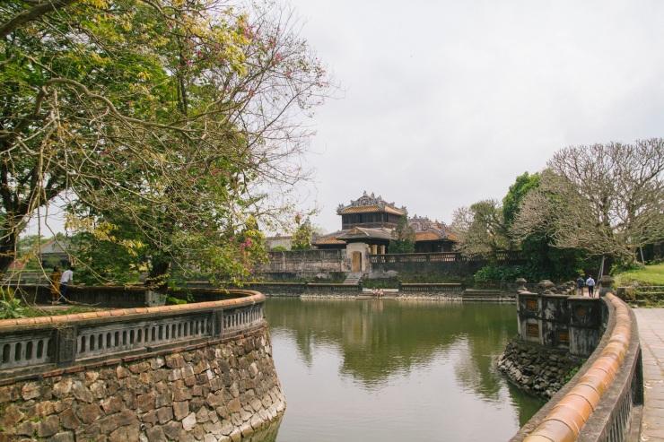 rachel-walker-portrait-photography-travel-asia-vietnam-064