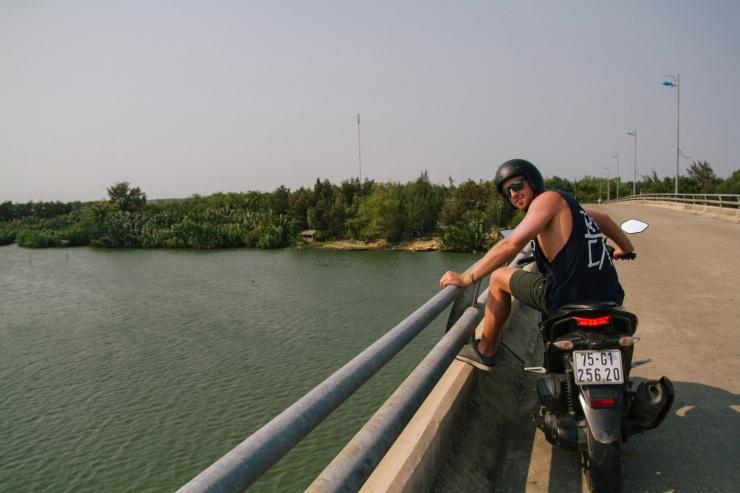 rachel-walker-portrait-photography-travel-asia-vietnam-080