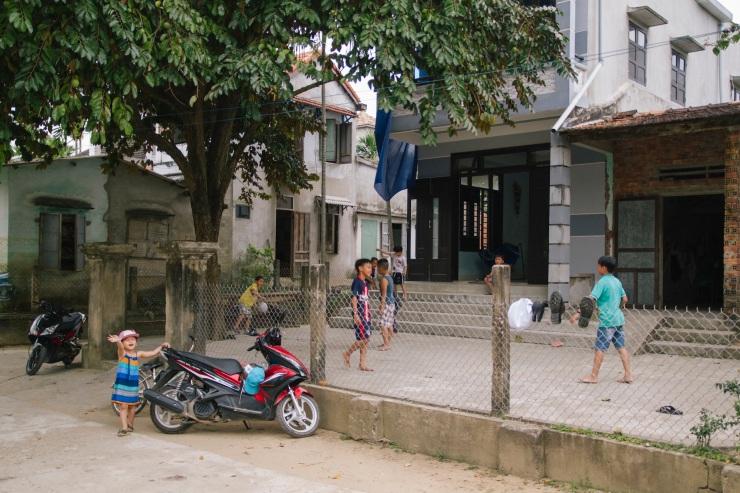 rachel-walker-portrait-photography-travel-asia-vietnam-091