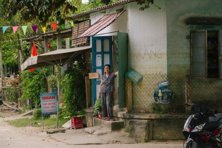 rachel-walker-portrait-photography-travel-asia-vietnam-092