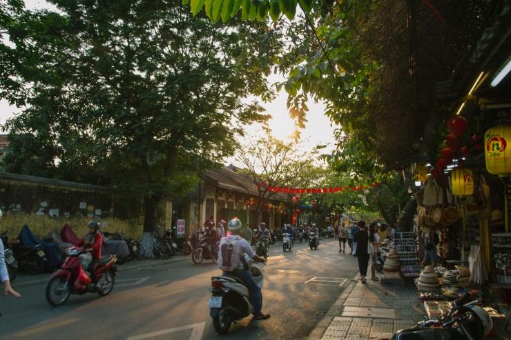 rachel-walker-portrait-photography-travel-asia-vietnam-097