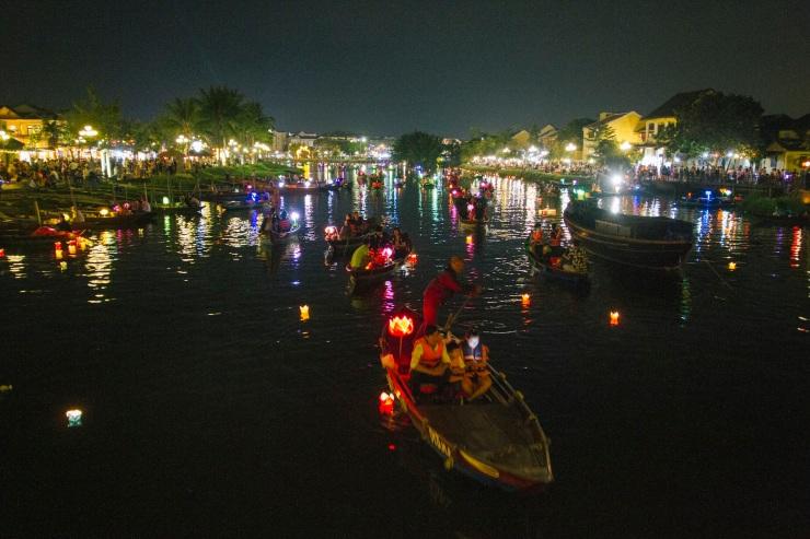 rachel-walker-portrait-photography-travel-asia-vietnam-108