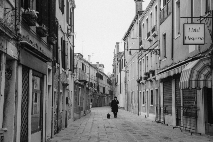 rachel-walker-portrait-photography-travel-europe-italy-venice-27